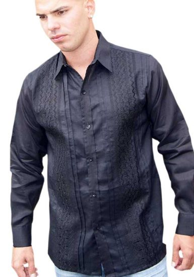 No pockets wedding Guayabera shirt. Pleats. D'accord.
