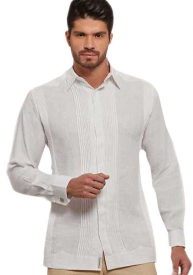 No pocktes with Pleats Guayabera Slim Fit. High Quality Shirt. Linen Premium. White Color. Back Orders or Demand.