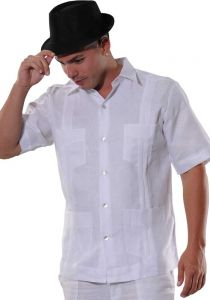 Premium Guayabera Slim Fit. Hight Quality. Premium Linen. Nacar Button. Short Sleeves. White Color.
