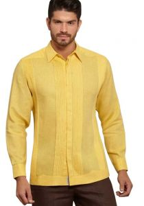 No pocktes with Pleats Guayabera Slim Fit. High Quality Shirt. Linen Premium. Double Eyelet for use Cufflinks. Yellow Color. Back Orders or Demand.